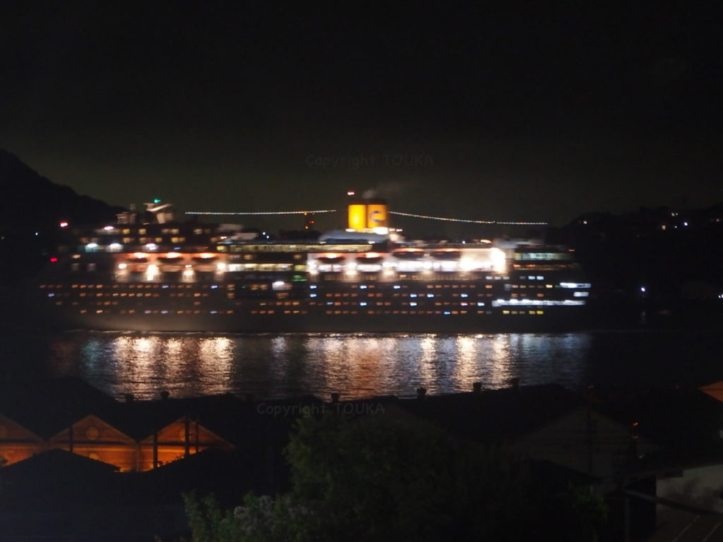 cruiseboat01